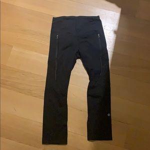 Lululemon black workout leggings w. zipper pockets